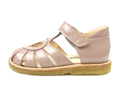 Angulus sandal pink lacquer with heart (narrow)